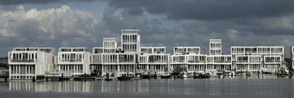Bairro flutuante é construído em Amsterdã
