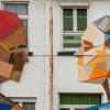 Murais de madeira encantam as ruas na Bélgica