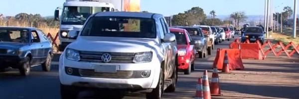 Medida dos faróis acesos nas rodovias