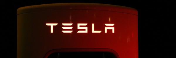 Bateria doméstica Tesla ameaça rede elétrica tradicional