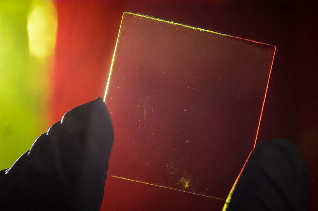 painel solar transparente