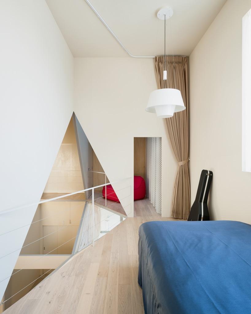 kochi-architects-studio-kame-house-niigata-japan-designboom-04